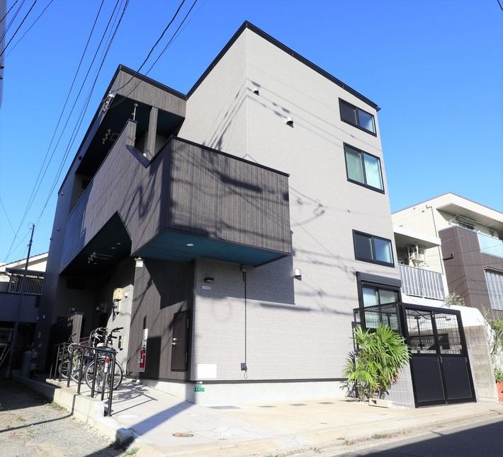 築浅デザイナーズアパート♪【A-style唐人町】のサムネイル
